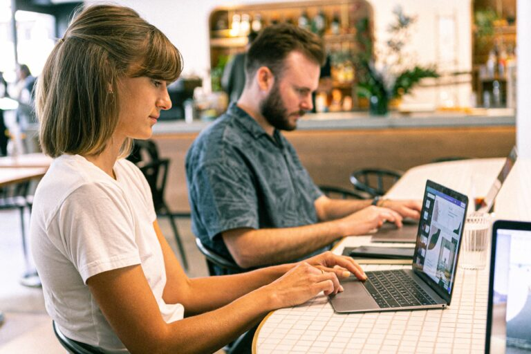 Ways to Make Money while being in College in 2020 – 21 | Top Freelancing Skills in India